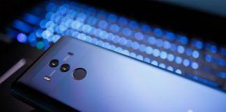 Összefogott a látássérültekért a Huawei és a Láthatatlan Kiállítás