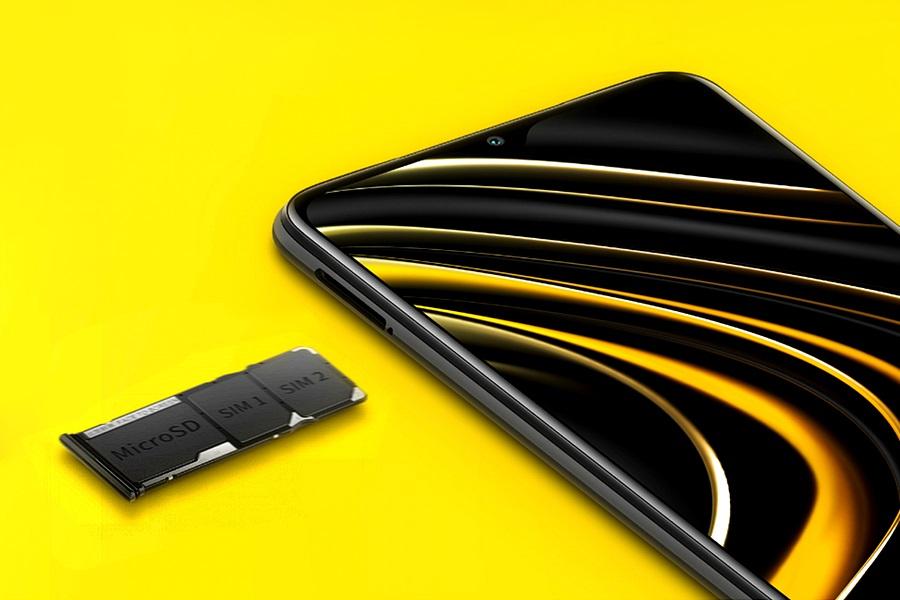 Dedikált SIM-kártyák és SD-kártya