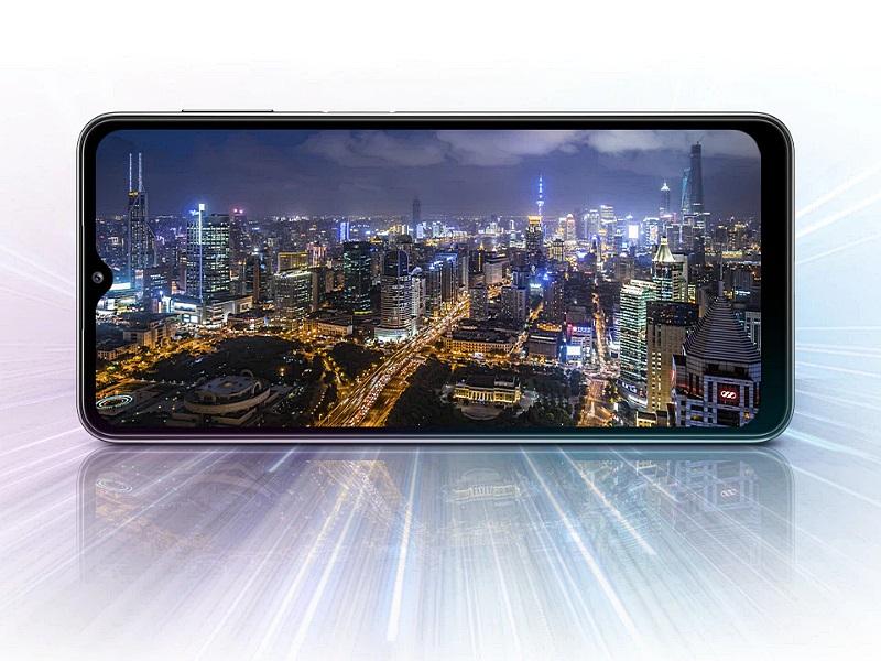 Samsung A32 5G 4 pixelt gyűjt egybe a fotóhoz